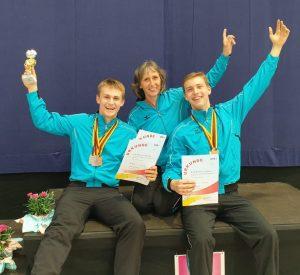 5 Medaillen für Heisingen bei den Deutsche Jugendmeisterschaften im Rhönradturnen